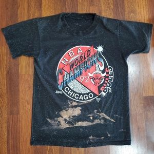 Vintage 1992 NBA Chicago Bulls T-Shirt Size Medium